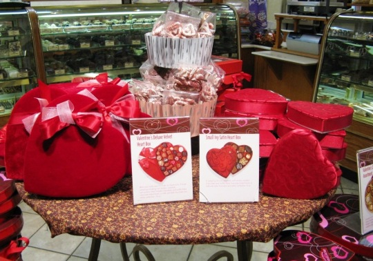 Rocky Mountain Chocolate Factory at Great Lakes Crossing Outlets