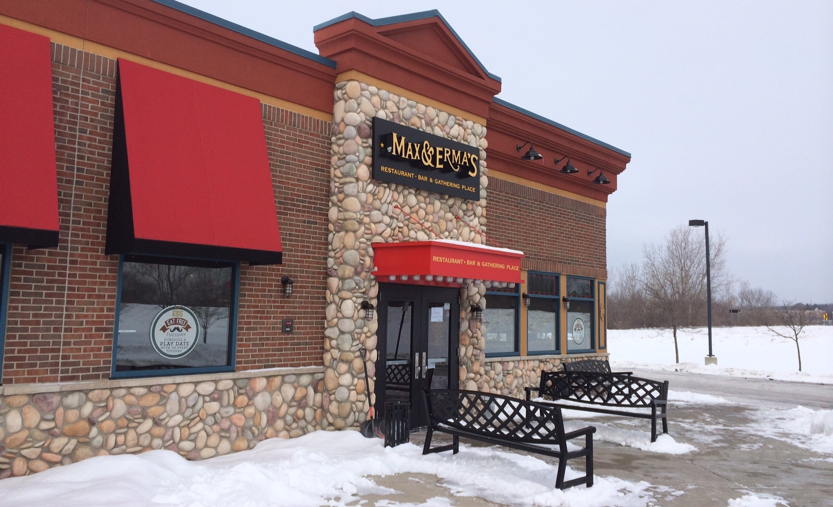 Restaurants Near Great Lakes Crossing Mall