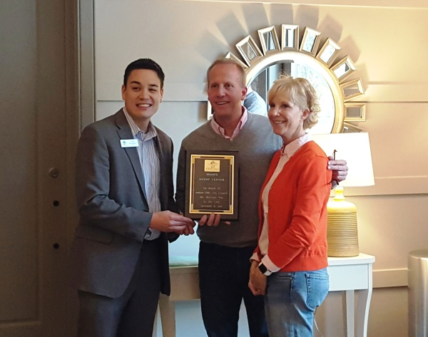 Mayor McDaniel presented Bil and Susanna Bowser with a commemorative plaque congratulating them on the opening of their new business in Auburn Hills. It was great to see their smiles and reaction of appreciation as they said they had never been presented with such a token before.